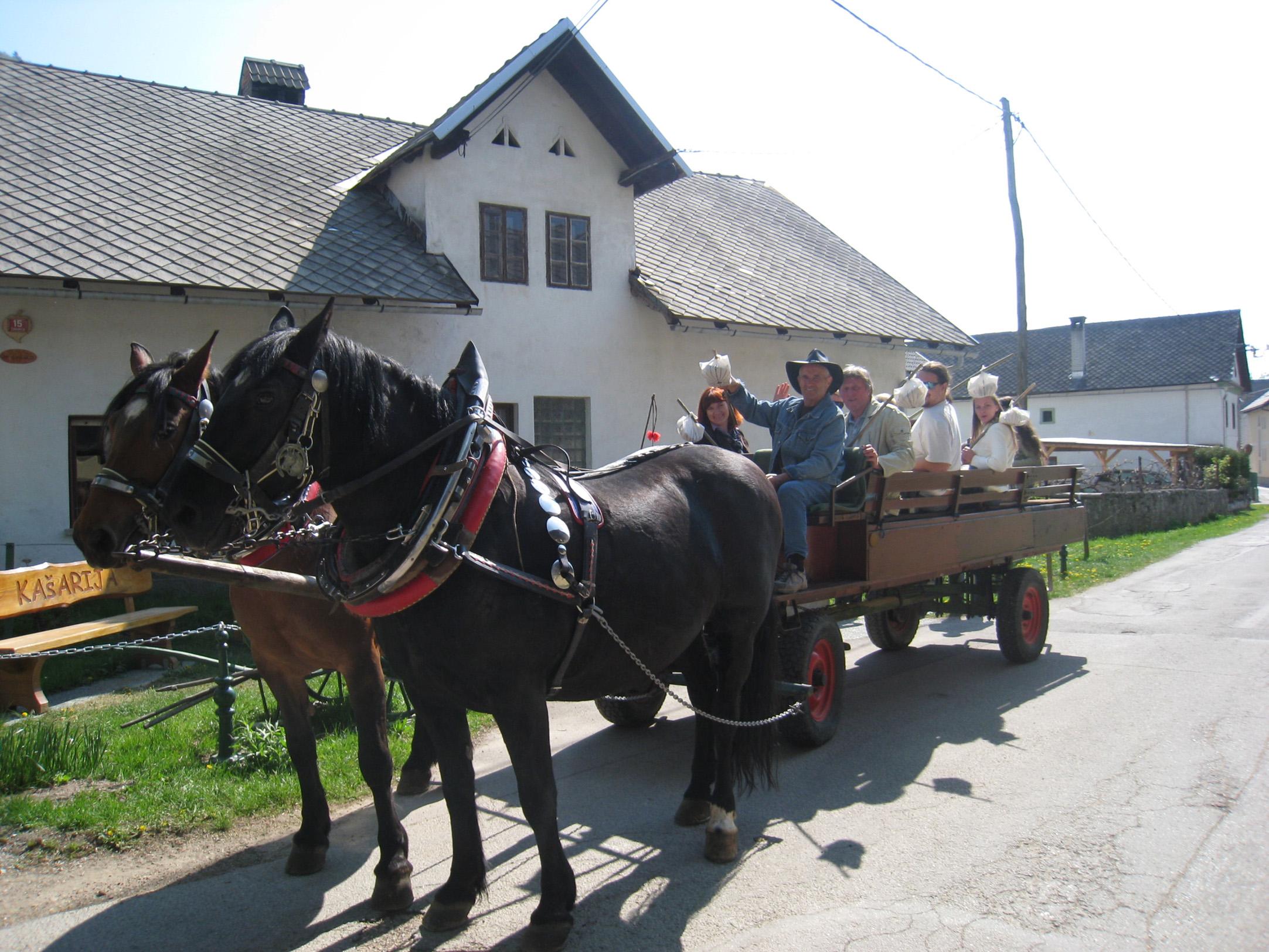 gorenjska 20.04.11., zirovnica, tur, foto: renata reneja skrjanc