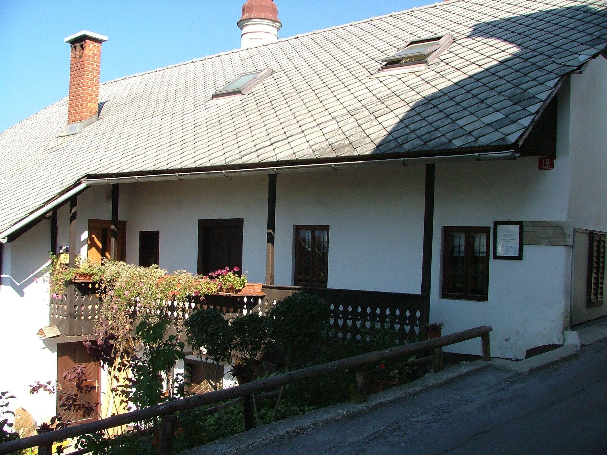Jalnova hiša1