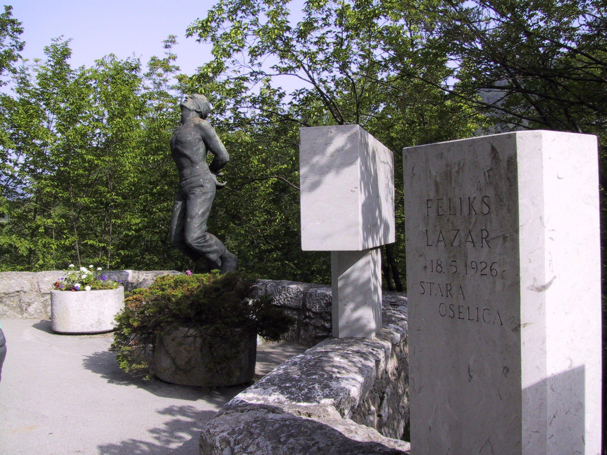 spomenik talcev, 22.6.06 003