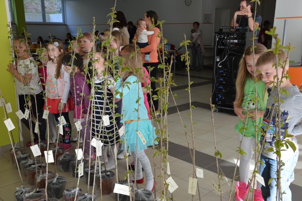 Drevesa za otroke 210416 (18)