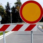 Zapora ceste pri koritu v Doslovčah zaradi obnove tega
